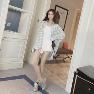 Female Fashion Loose Long Sleeve Plaid Shirts Turn-down Collar Button Decor